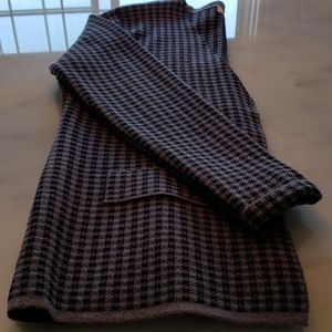 💥10 FOR $75  SWEATER PLAID GREY & BLACK